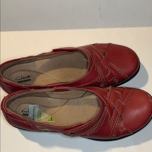 Clark's size 11 Red flats